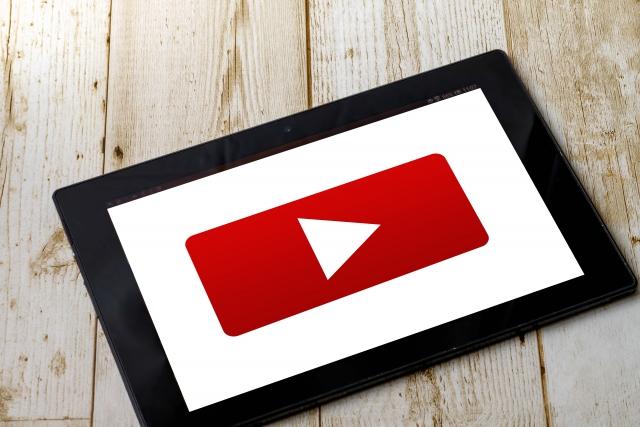 音声ではなく動画ファイルでも文字起こしは依頼できる?